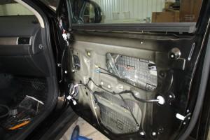 Mitsubishi Outlander. Шумоизоляция передних дверей.