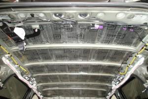 Mitsubishi Outlander. Шумоизоляция потолка.